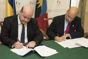 Antigua and Barbuda signs visa-free deal with Ukraine